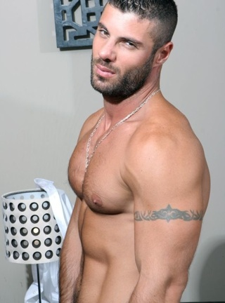 Scurffy muscle stud Alex Marte