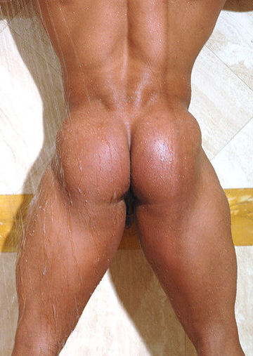 Raul De La Guardia\'s big smooth muscle ass