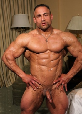 Huge muscle stud Gil Dela Cruz