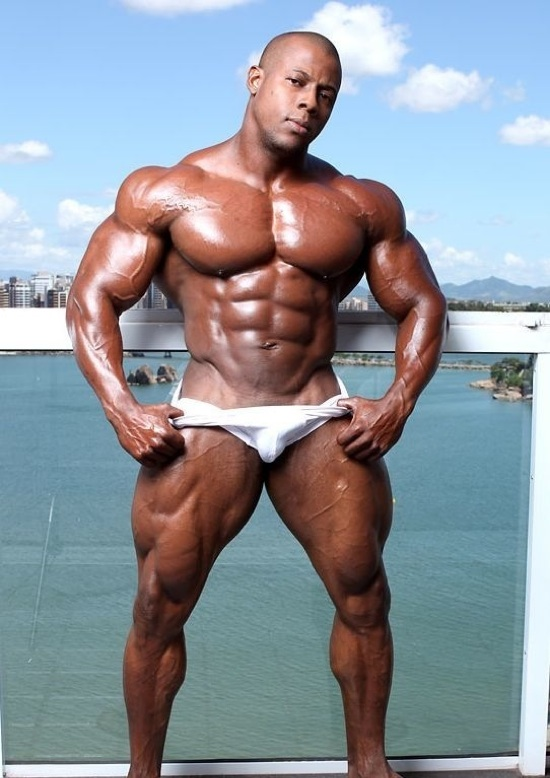 Orso Orfeo's big chest and beefy legs in white trunks