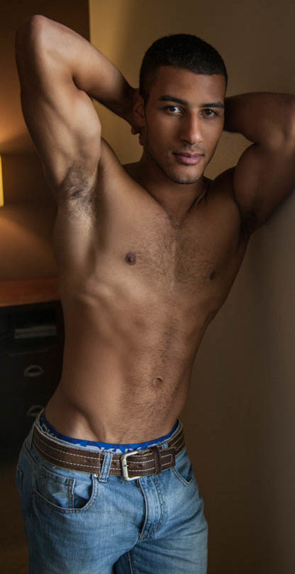 Body pic for Dominic Santos