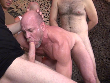 Parker (Dick Wadd) – Bottoming