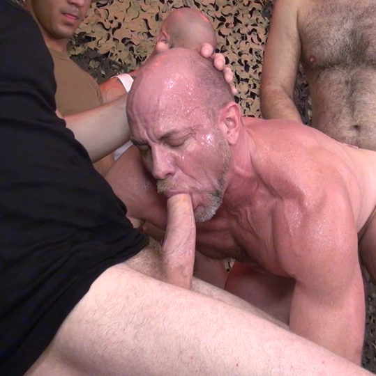 Parker (Dick Wadd) – Sucking