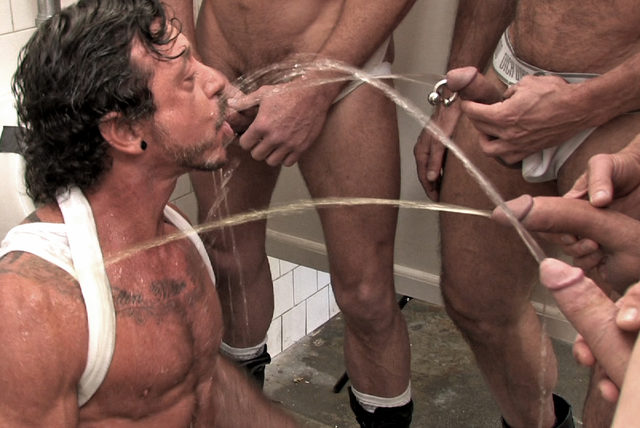 Ray Dalton – Piss bottom