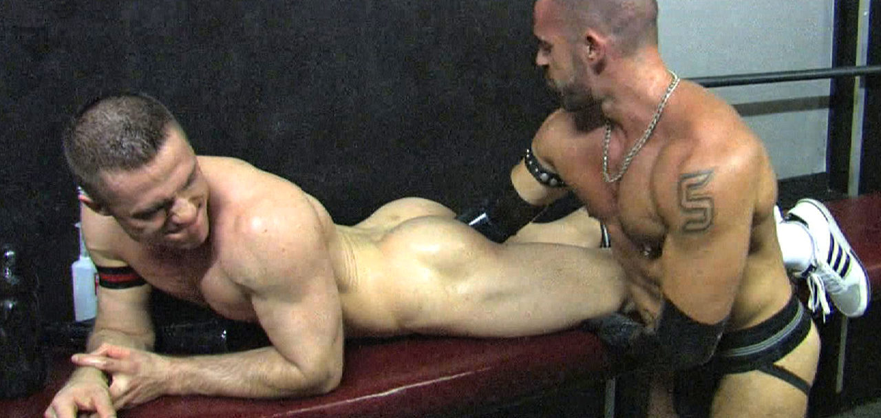 Jorge Ballantinos elbow deep in  Christian Herzog\'s fine ass