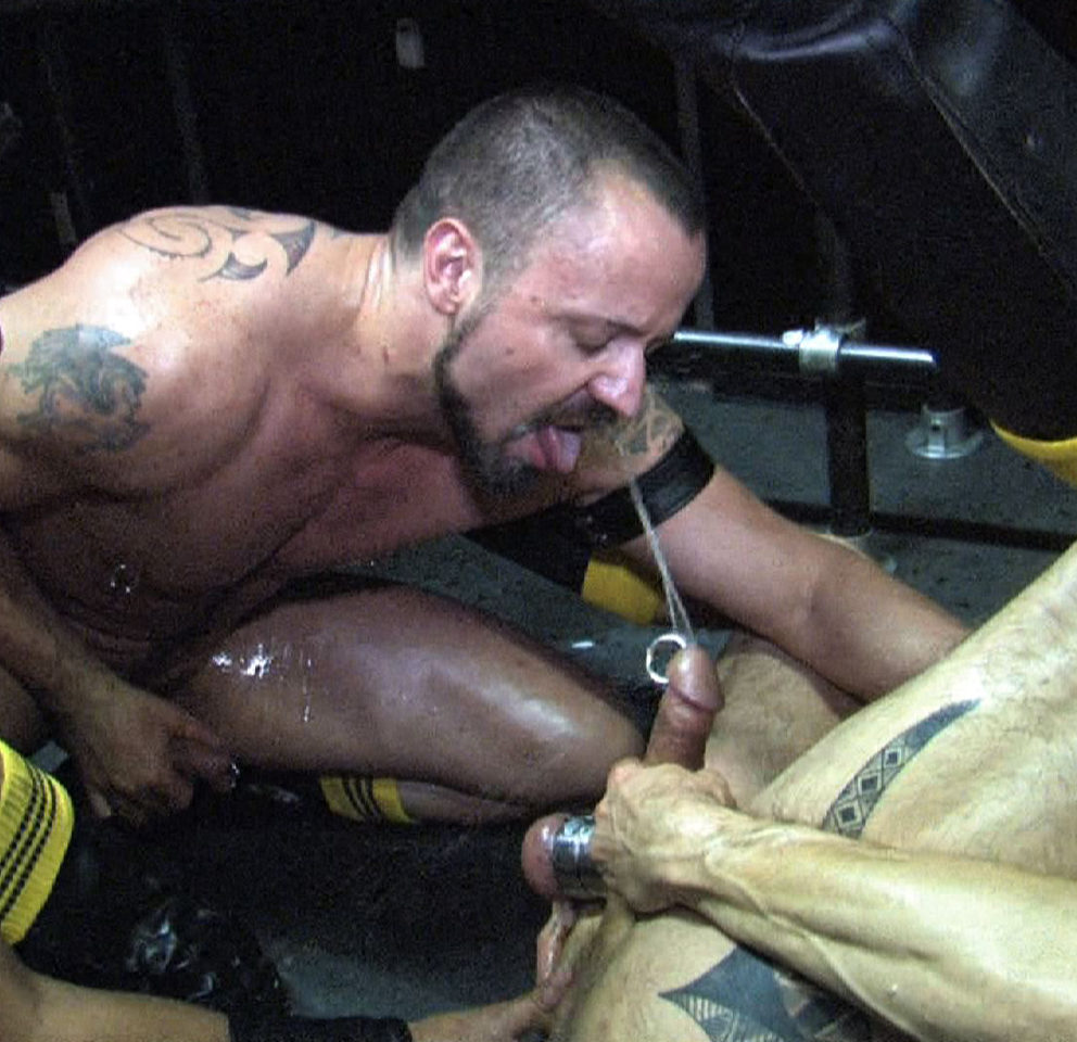 Jacques Fister feeds his hot piss stream to Jason Banks and Kike Garces