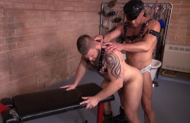 Chad Brock pounds Milan's beefy ass bareback