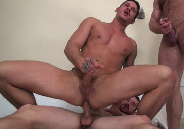 Tate Ryder – Bottoming