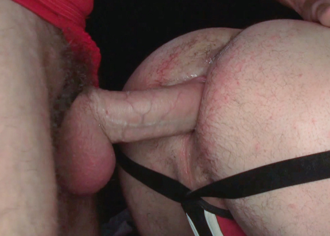 Bottom with a rash on his ass getting fucked by a big dick bareback