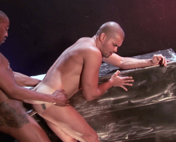 Danny Lopez – Bottoming