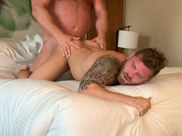 Riley Mitchel – Bottoming