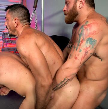 Joe Gillis – Bottoming