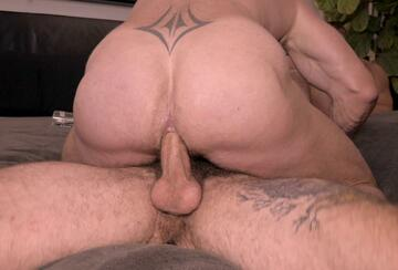 Ryan Carter – Bottoming