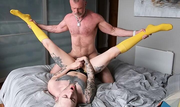 Ronnie Stone – Bottoming
