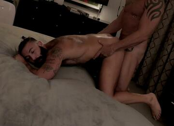 Trip Richards – bottoming
