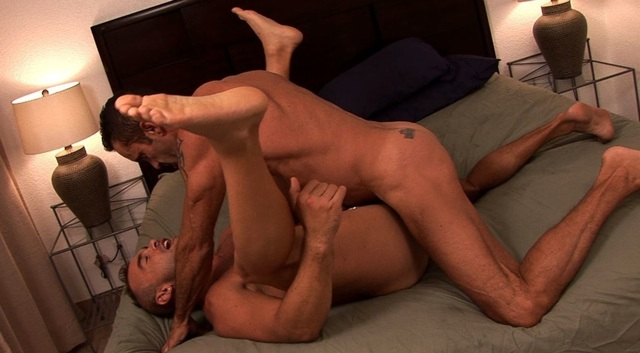 Lit drives his raw dick deep into Jesee's tight ass